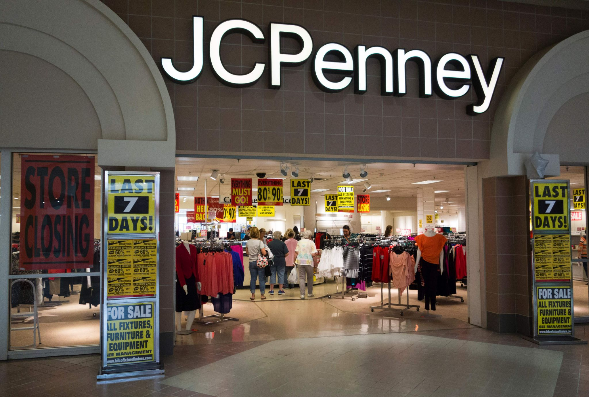 JCPenney to hire up to 875 holiday workers at Houston area stores