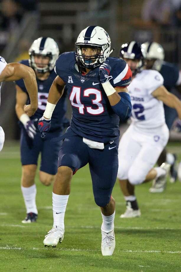 UConn freshman linebacker Darrian Beavers. Photo: Stephen Slade / UConn / Stephen Slade