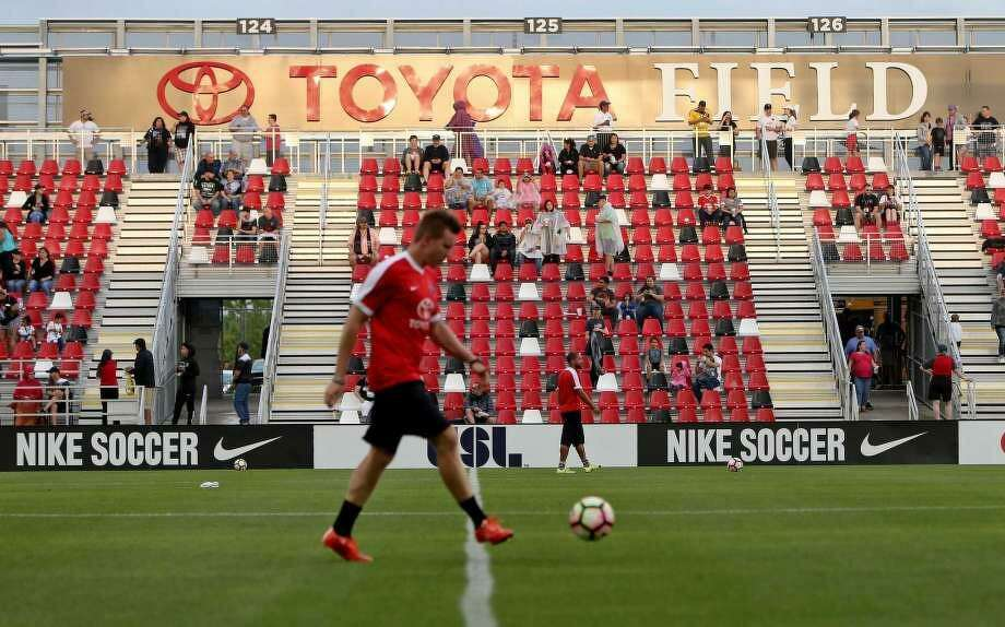 Fans enter Toyota Field for the San Antonio FC and LA Galaxy II soccer match Saturday April 1, 2017. Photo: Edward A. Ornelas /Express-News