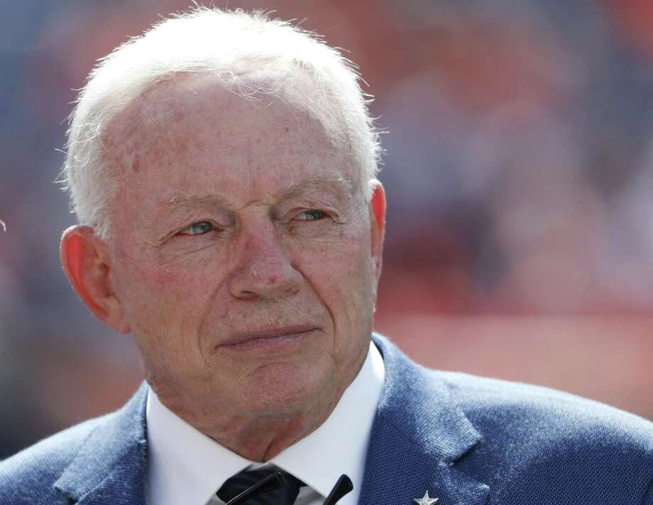 Dallas Cowboys owner Jerry Jones has a wealth of $5.6 billion, according to Forbes. Photo: Jack Dempsey /AP / FR42408 AP