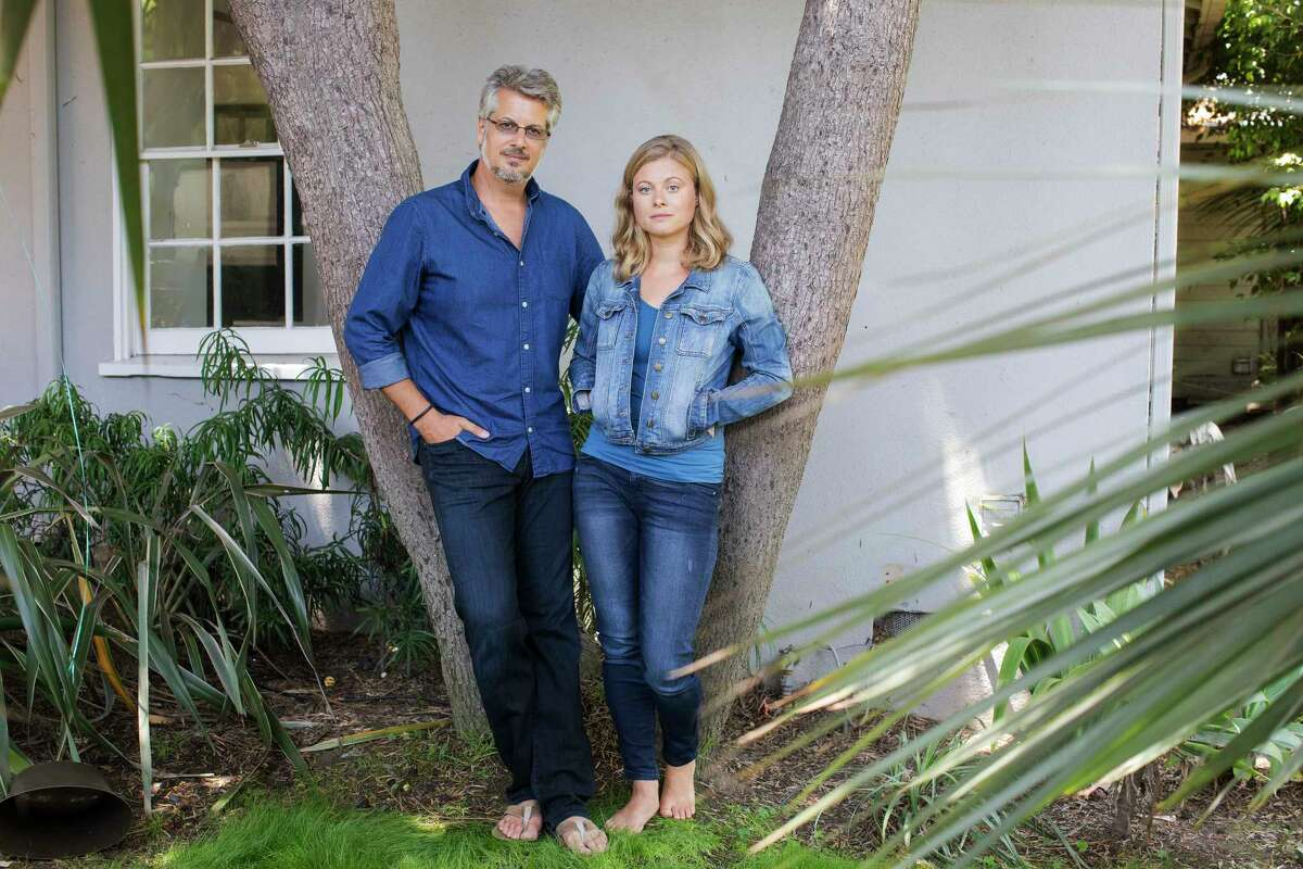 Mark Vicente and his wife, Bonnie Piesse, both former members of a self-help organization called NXIVM, where Vicente had a senior role, in Venice, Calif., July 29, 2017. Vicente said that after hearing about a secret sorority in the group that was branding members, he confronted the groups leader, Keith Raniere.