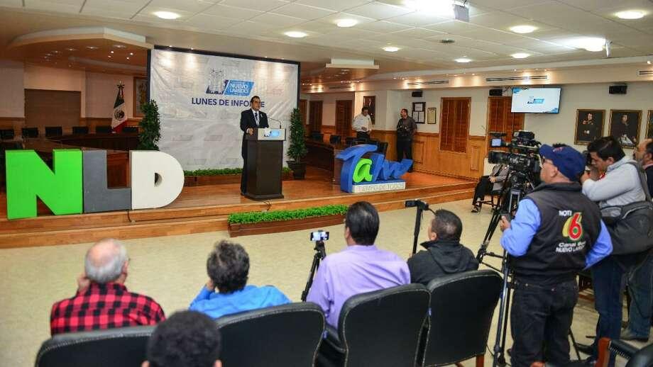 El alcalde de Nuevo Laredo Enrique Rivas lamentó la decisión de Aeroméxico de buscar eliminar una de las frecuencias de vuelo. Photo: Foto De Cortesía