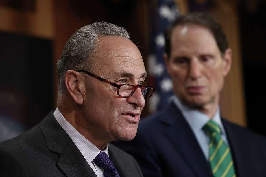 WASHINGTON, DC - SEPTEMBER 27:  Senate Minority Leader Chuck Schumer (L) (D-NY)  (Photo by Win McNamee/Getty Images) Photo: Win McNamee / 2017 Getty Images