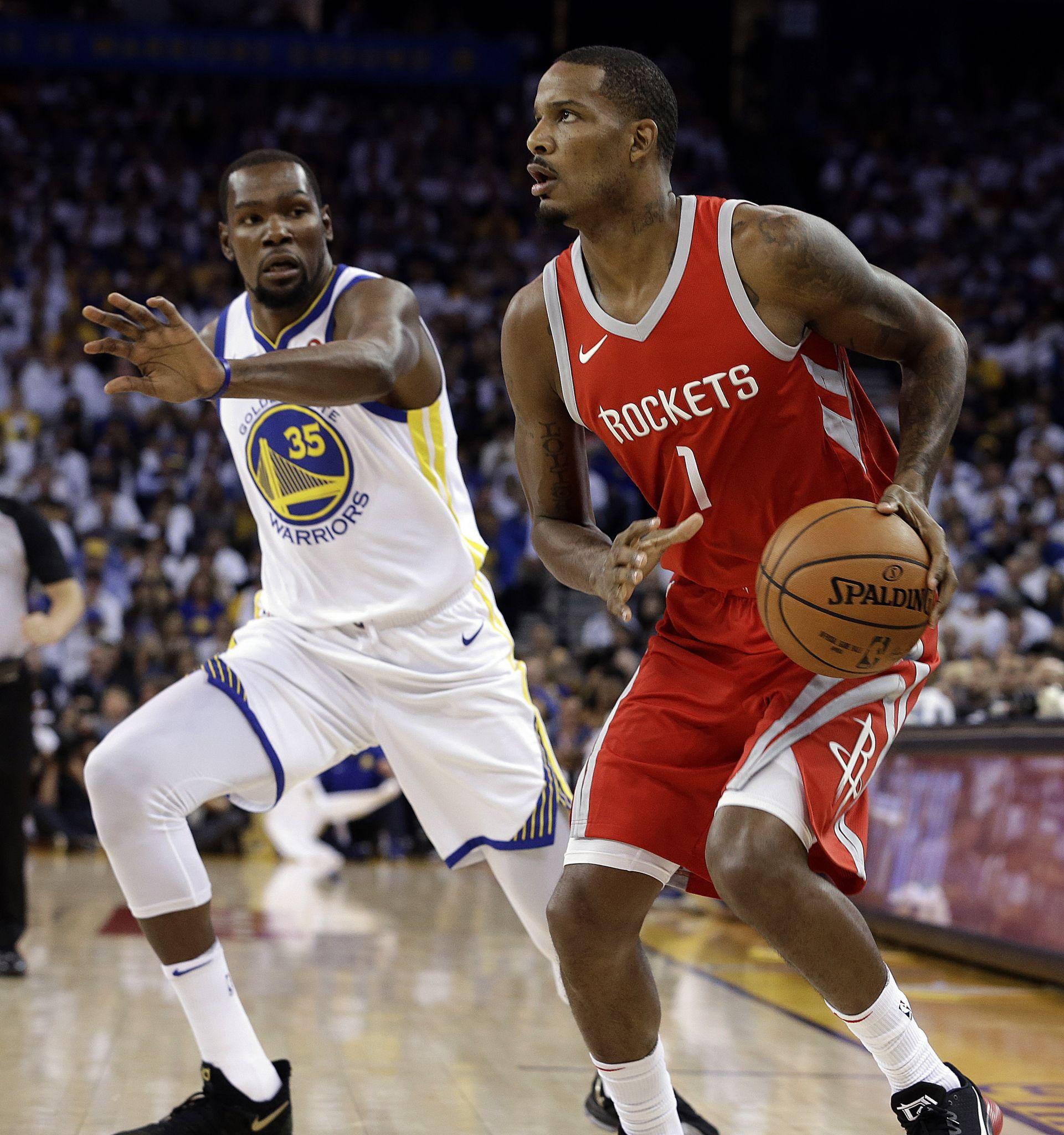Rockets Trevor Ariza returns to Rockets lineup sooner than anticipated - Houston  Chronicle f1a3e113d