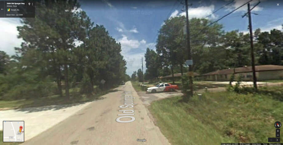 A screenshot of a Google Maps image that shows the 8700 block of Fountain Drive in Silsbee, Texas. Wednesday, officials said a mother and her 5 children died following a house fire in the area. Photo: File/Google