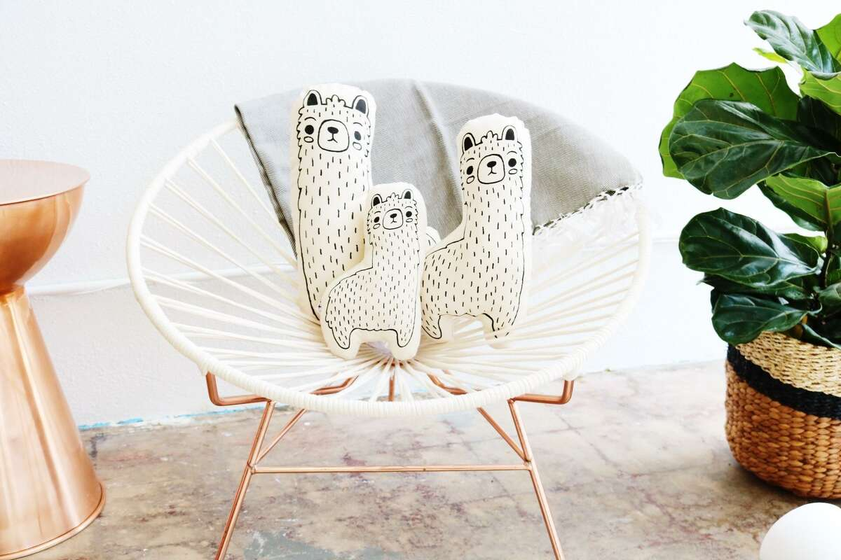 This handmade llama family comes in three sizes a Papa, Mama and Baby and is made by artisans from the Imani Collective in Kenya.