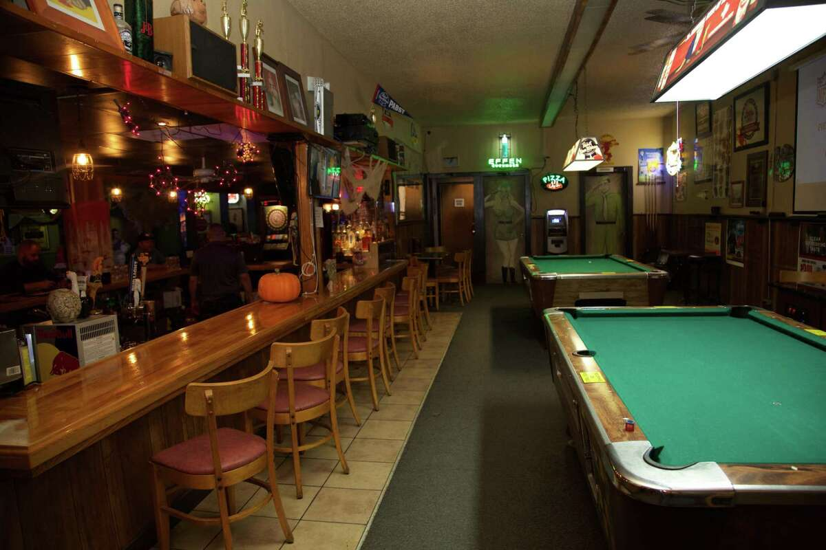Recovery Room: The Recovery Room has the look and feel of a dive bar, but it doesn't smell like one.
