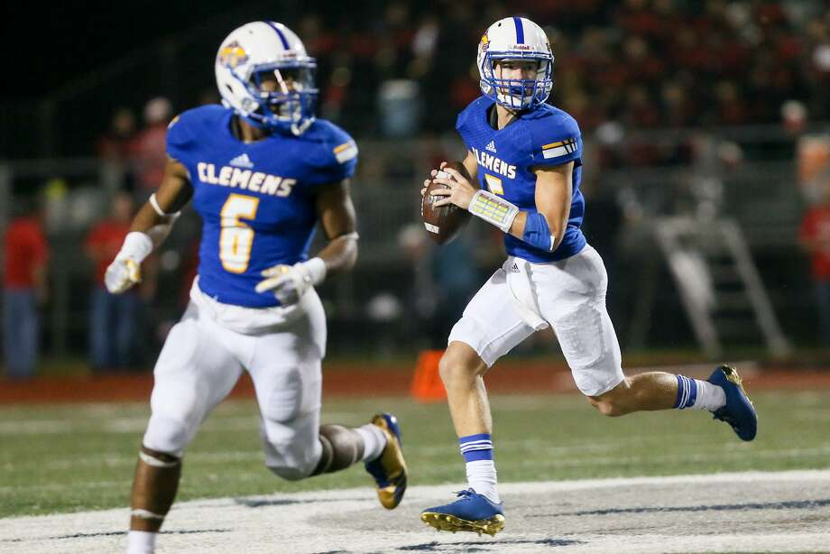 TOP 10 SAN ANTONIO-AREA TEAMS IN 6A10. CLEMENSRecord: 6-4 Photo: Marvin Pfeiffer /San Antonio Express-News / Express-News 2017
