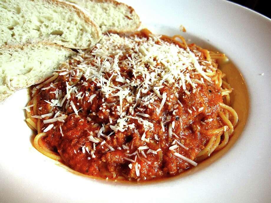 Spaghetti bolognese from Aldo's Ristorante Italiano. Photo: Mike Sutter /San Antonio Express-News