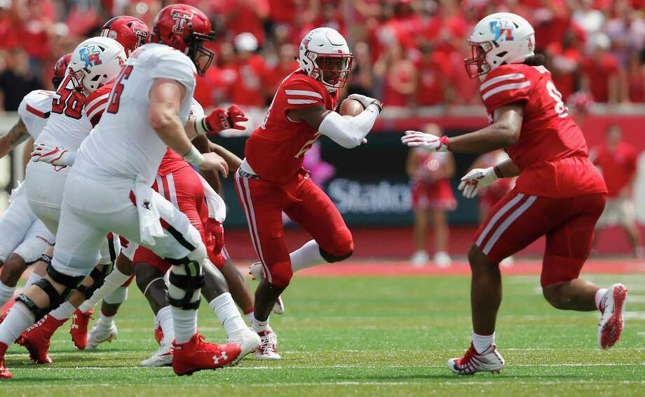 Safety Terrell Williams, right, and UH bounced back nicely from their first loss to Texas Tech and now have to do the same after last week's defeat at Tulsa. Photo: Tim Warner, Freelance / Houston Chronicle