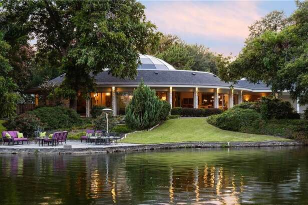 The Dallas home of the late Mary Kay Ash is on the market.