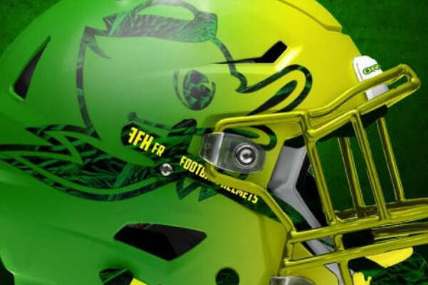 Oregon concept NCAA football helmet by graphic designer   Dylan Young   of   Deeyung Entertainment  .