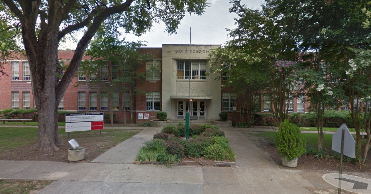 Elementary School Changing Its Name From Jefferson Davis