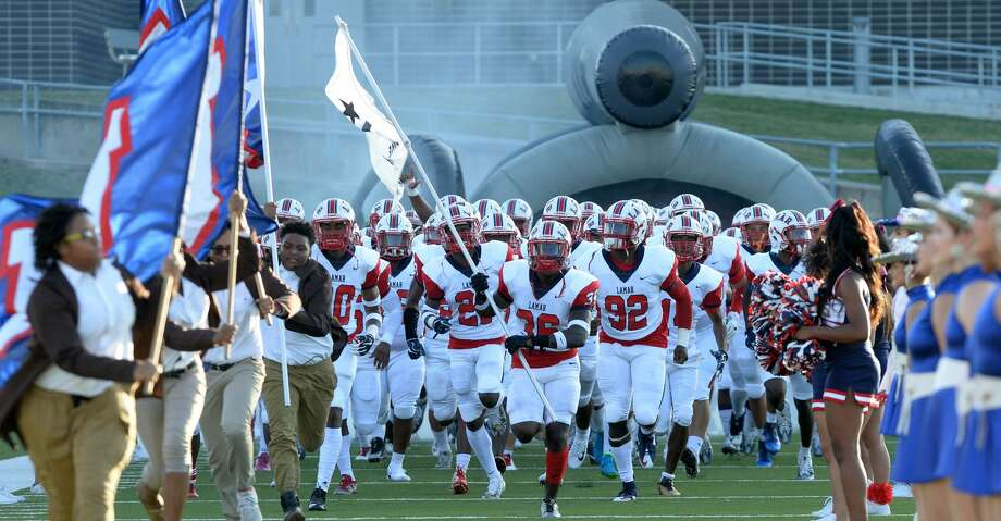 Lamar ascended the Class 6A rankings in this week's edition of the Chronicle's high school football rankings. Photo: Craig Moseley/Houston Chronicle