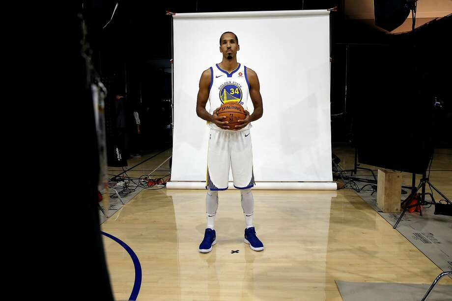 Warriors' Shaun Livingston during 2017 media day for the NBA's Golden State Warriors in Oakland, Ca., on Friday September 22,  2017. Photo: Michael Macor, The Chronicle