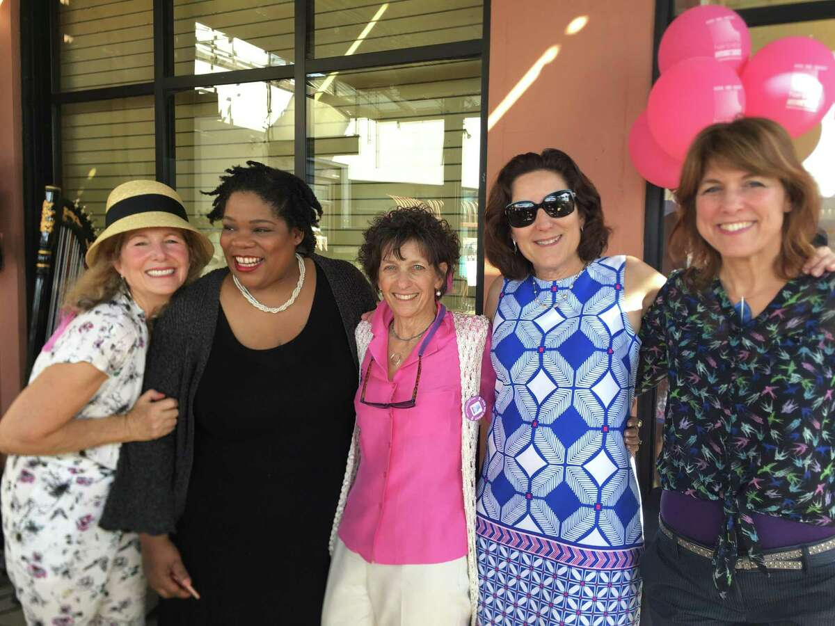 At HairtoStay fundraiser (from left): Donor Janie Friend, subsidy recipient Carla Thomas, co-founder Bethany Hornthal, oncologist Hope Rugo, subsidy recipient Stephanie Wells