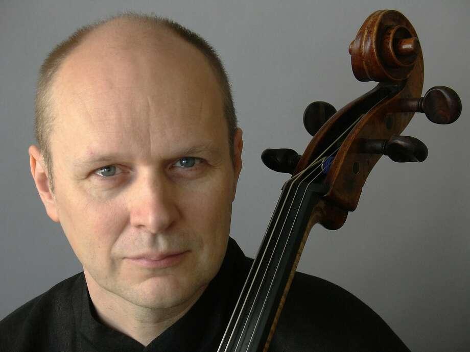 CellistAnssi Karttunen Photo: Irmeli Jung