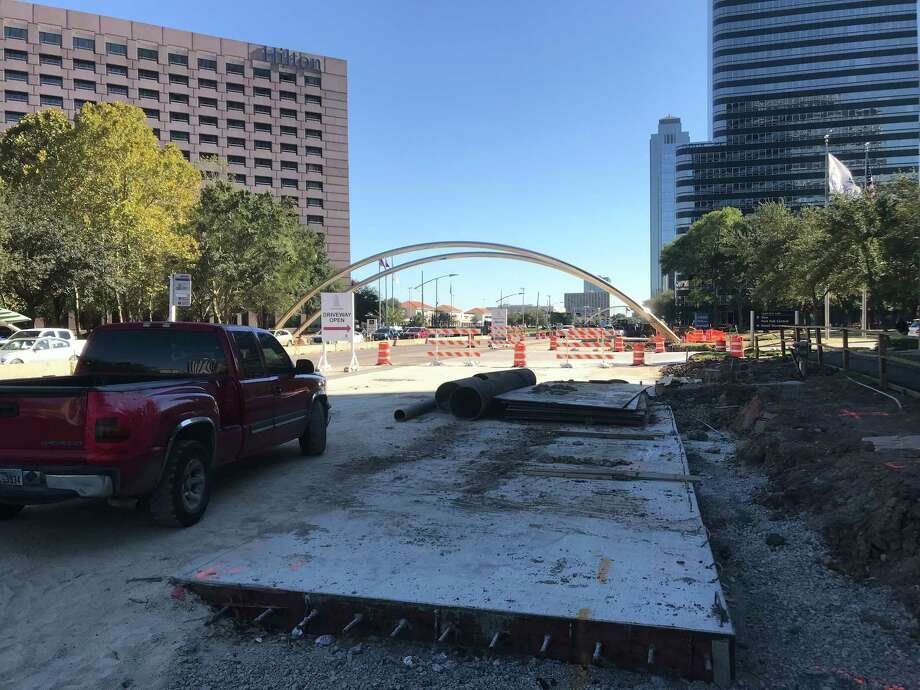 Crews continue work on Oct. 17 along the southbound side of Post Oak Boulevard, which is being widened for dedicated bus lanes through the Uptown area in Houston.  Photo: Dug Begley