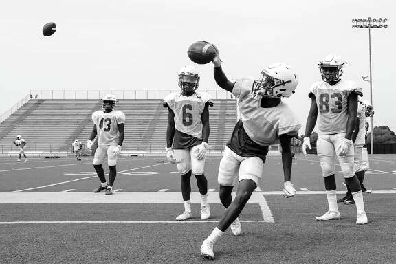 Photos of CE King High School's football team as they recover from Harvey on Wednesday, Sept. 13, 2017, in Houston. ( Elizabeth Conley / Houston Chronicle )