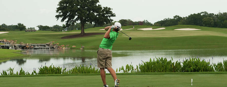 Miramont Country Club near Texas A&M is offering a deal for golfers to play its course for $125 between Oct. 30 and Nov. 2 with all money raised going to One America Appeal, a fund coordinated by the George H.W. Bush Presidential Library Foundation in College Station to help victims of Hurricanes Harvey and Irma. Photo: Submitted Photo