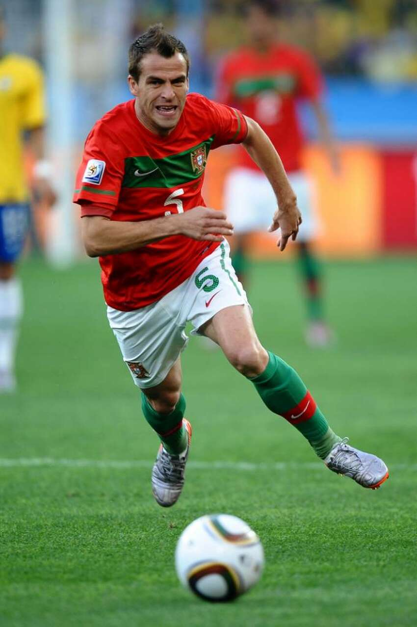 DURBAN, SOUTH AFRICA - JUNE 25: Duda of Portugal in action during the 2010 FIFA World Cup South Africa Group G match between Portugal and Brazil at Durban Stadium on June 25, 2010 in Durban, South Africa. (Photo by Laurence Griffiths/Getty Images) *** Local Caption *** Duda