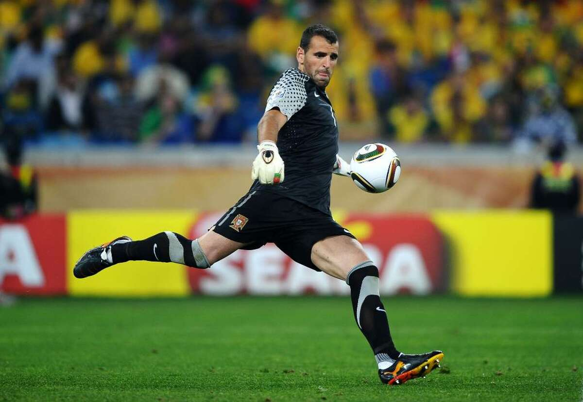 DURBAN, SOUTH AFRICA - JUNE 25: Eduardo of Portugal in action during the 2010 FIFA World Cup South Africa Group G match between Portugal and Brazil at Durban Stadium on June 25, 2010 in Durban, South Africa. (Photo by Laurence Griffiths/Getty Images) *** Local Caption *** Eduardo