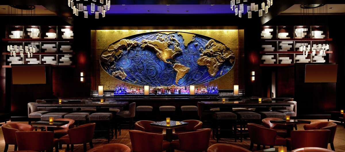 Hilton Americas-Houston 1600 Lamar Martinis, wine, and excellent ambiance