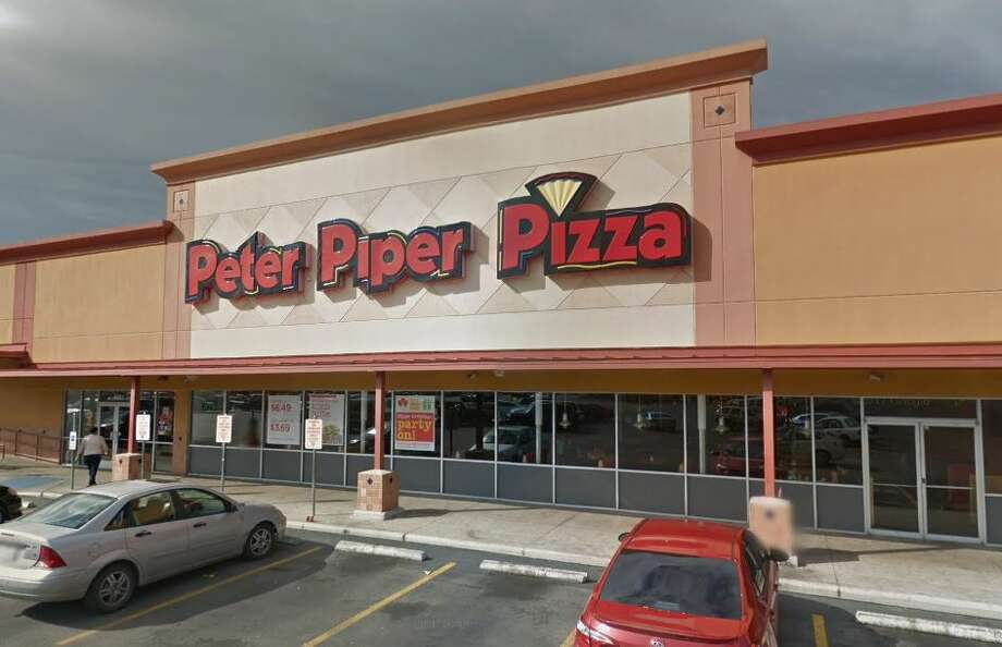 All San Antonio Peter Piper Pizza locations will be open today for dine-in. Photo: Google Maps