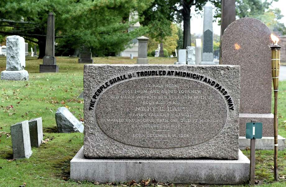 The grave of Mary E. Hart, also known as Midnight Mary, at the Evergreen Cemetery in New Haven. Photo: Peter Hvizdak / Hearst Connecticut Media / New Haven Register