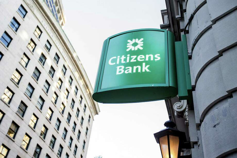 Signage is displayed outside a Citizens Financial Group Inc. bank branch in downtown Boston, Massachusetts, U.S., on Tuesday, Oct. 10, 2017. Citizens Financial Group Inc. is scheduled to release earnings figures on October 20. Photographer: Scott Eisen/Bloomberg ORG XMIT: 775061970 Photo: Scott Eisen / © 2017 Bloomberg Finance LP