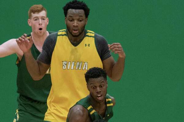 Siena College's Men's basketball team held its intrasquad scrimmage at the Alumni Recreation  Center Friday Oct. 20, 2017 in Loudonville, N.Y.  (Skip Dickstein/Times Union)