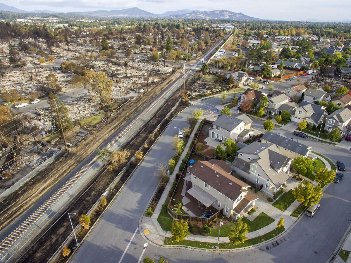 """The """"line of sorrow"""" between Santa Rosa's Coffey Park neighborhood that was devastated by the Tubbs Fire and the neighborhood off Gold Leaf Lane."""