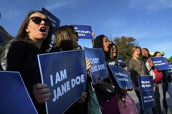 "Friday morning, the Planned Parenthood Federation of America and coalition partners protested together outside the Department of Health and Human Services in support of ""Jane Doe"" to have an abortion."