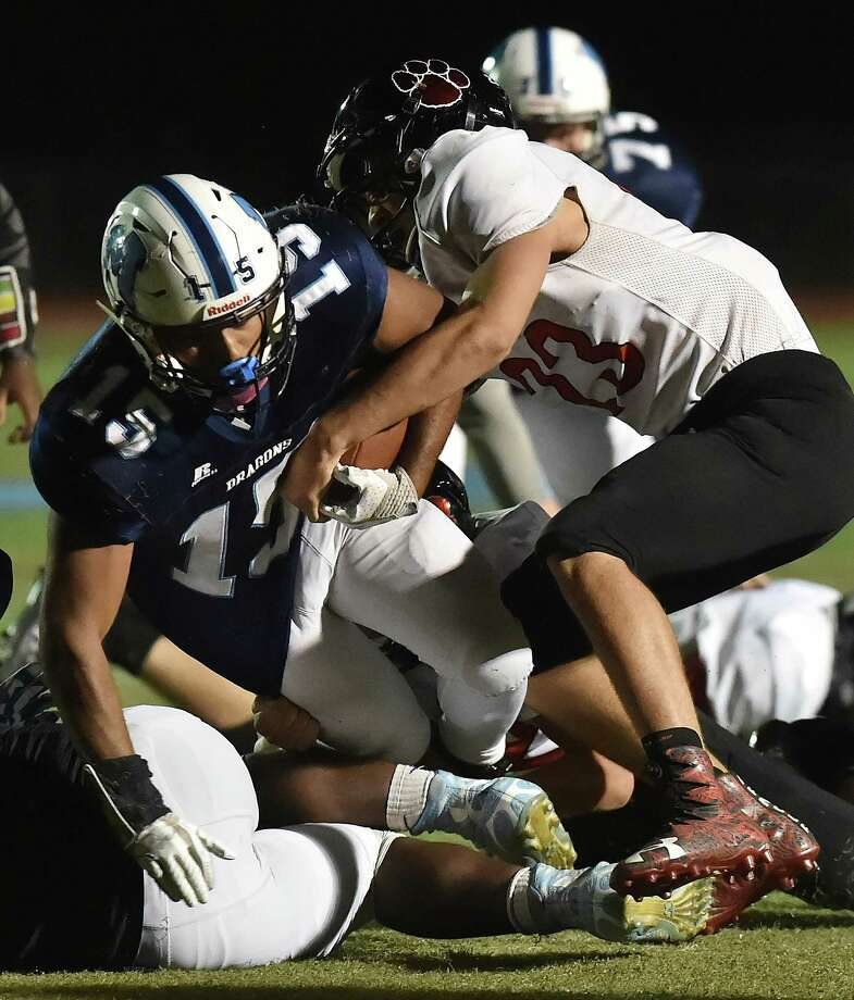 Middletown defeats E.O. Smith, 55-7, Friday, October 20, 2017, at Rosek-Skubel Stadium at Middletown High School. Photo: Catherine Avalone, Hearst Connecticut Media / New Haven Register