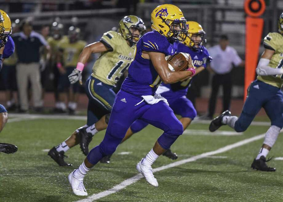 LBJ quarterback Albert Garcia rushed for 77 yards and three touchdowns Friday in a 35-28 loss at South San. Photo: Danny Zaragoza /Laredo Morning Times File