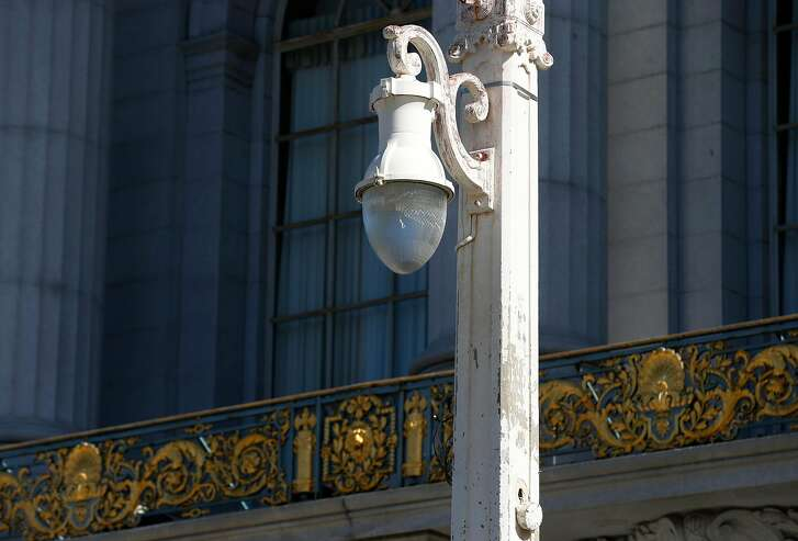 Retro-style streetlights are installed in front of City Hall on Van Ness Avenue in San Francisco, Calif. on Saturday Oct. 21, 2017.