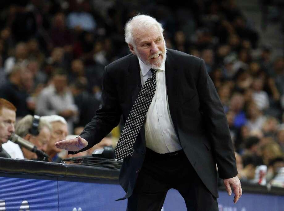 Spurs outlast Raptors in close 101-97 win
