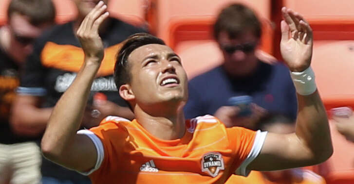 Houston Dynamo forward Erick Torres (9) celebrates his score during the first half of the game at BBVA Compass Stadium Saturday, April 22, 2017, in Houston. ( Yi-Chin Lee / Houston Chronicle )