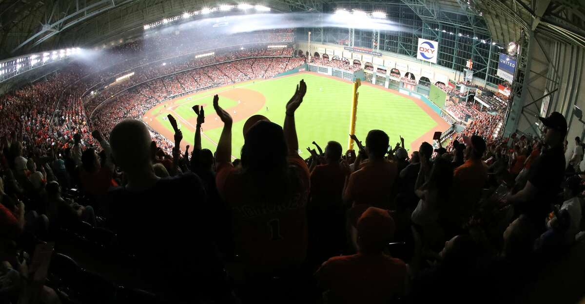 Fans cheer during the ALCS Game 7 Saturday, Oct. 21, 2017, in Houston. ( Steve Gonzales / Houston Chronicle )