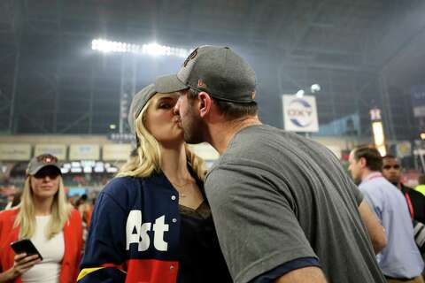 Nostalgic Astros Sweater Made Famous By Kate Upton Is Back