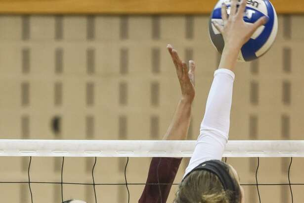 TAMIU junior setter Ronnie Fountain had a team-high 27 assists with a block in Saturday's 3-0 loss to Dallas Baptist.