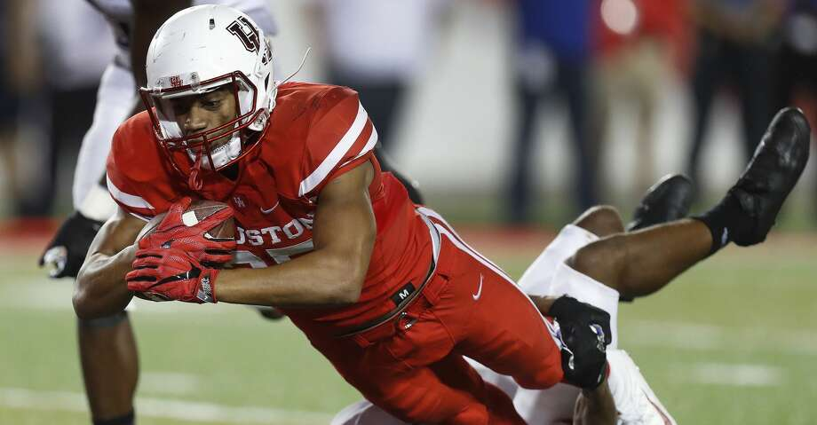 University of Houston running back Dillon Birden is expected to miss three to six weeks with torn ligaments in his right elbow. Photo: Karen Warren/Houston Chronicle