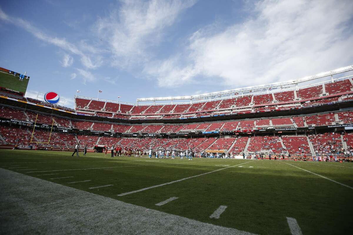 A view of a near empty Levi's Stadium in the closing moments of the game between the San Francisco 49ers and the Carolina Panthers on September 10, 2017 in Santa Clara.