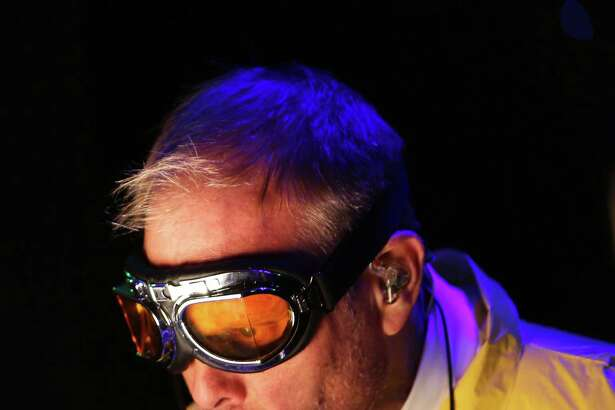 """""""Alton Brown Live: Eat Your Science"""" is the follow-up to Brown's popular """"Edible Inevitable"""" tour. His latest """"live culinary variety show"""" will disembark in Stamford on Oct. 29."""