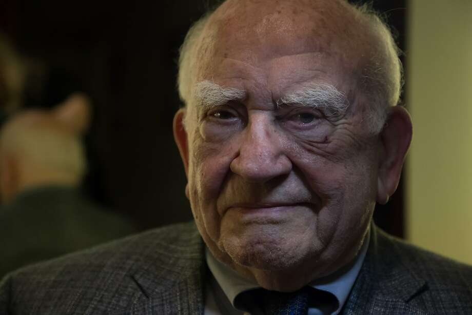 Ed Asner in the green room at the Jewish Community Center in San Francisco. Photo: Paul Kuroda, Special To The Chronicle