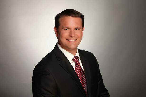 Tim Gerber of KSAT's Sunday morning newscast will succeed departing Charles Gonzalez as weekend evening anchor, starting in early December.