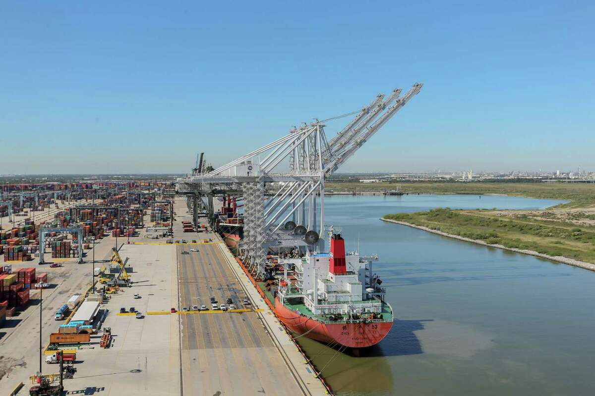The National Retail Federation said Friday that retail imports surged in Houston and other U.S. ports amid a rise in consumer confidence and spending.