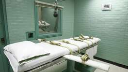 The Texas correctional officers' union is calling for more staffing in the wake of a bizarre death row confession that led to a delay of the scheduled execution of a serial killer.