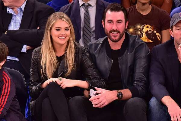 NEW YORK, NY - OCTOBER 29:  Kate Upton and Justin Verlander attend the Atlanta Hawks vs New York Knicks game at Madison Square Garden on October 29, 2015 in New York City.