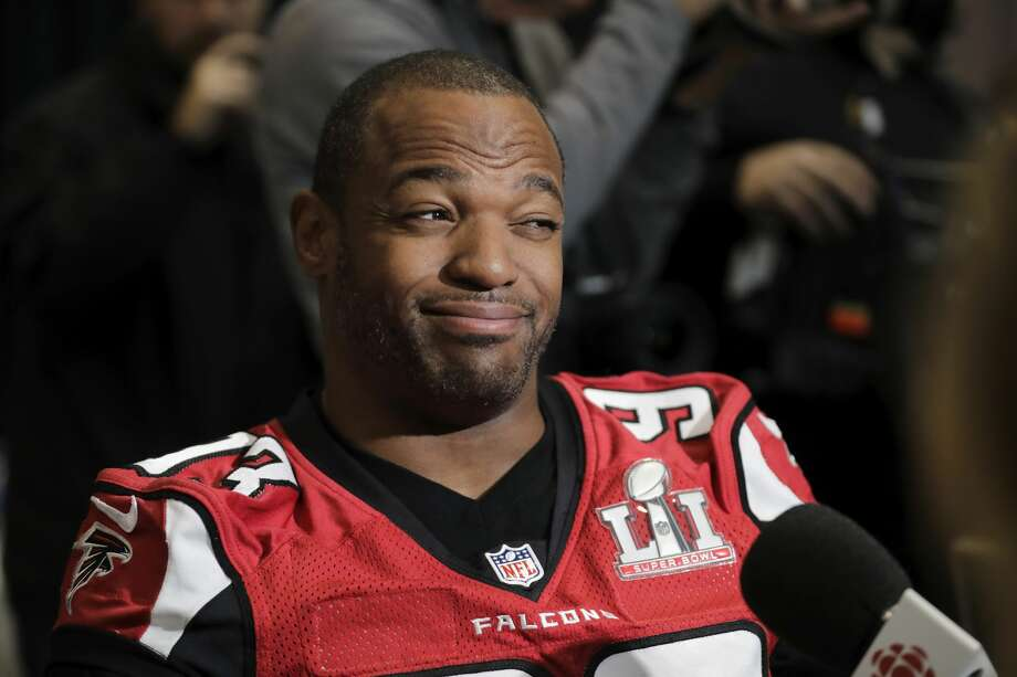 Dwight Freeney of the Atlanta Falcons reacts to a question during the Super Bowl LI press conference on Feb. 2, 2017 in Houston. Photo: Tim Warner/Getty Images